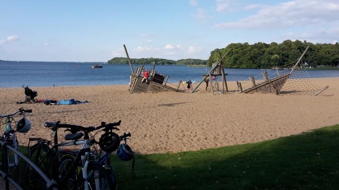 Schweriner See - Strand von Zippendorf